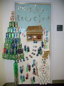 holidays_recycled_classroom_door_idea_–_myclassroomideas_holiday_christmas_doors_decorating_ideas_